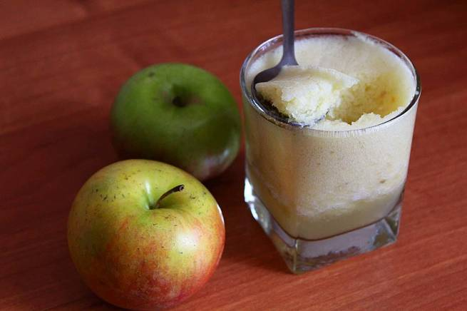№3: Яблочный самбук